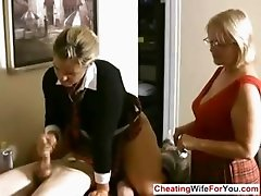 Mature boss likes to see handjobs