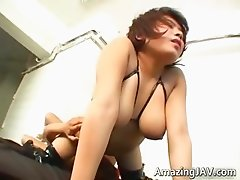 Busty asian babe gets tittyfucked