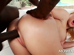 Voluptuous mommy fucked hardcore by giant black pecker