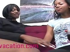 Hot Ebony Lesbians Give Each Other A Nice Oral Sex