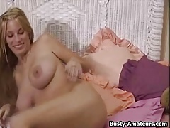 Hot babe Mary masturbates her pussy using dildo