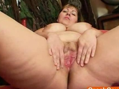 Chubby blonde Milf Wanda got huge boobies