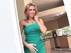 Superb MILF with sexy blonde hair and big tits seduces this